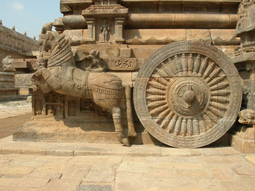 Horse_drawn_chariot_Darasuram