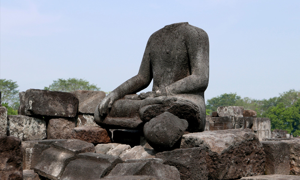 who destroyed buddhism in India
