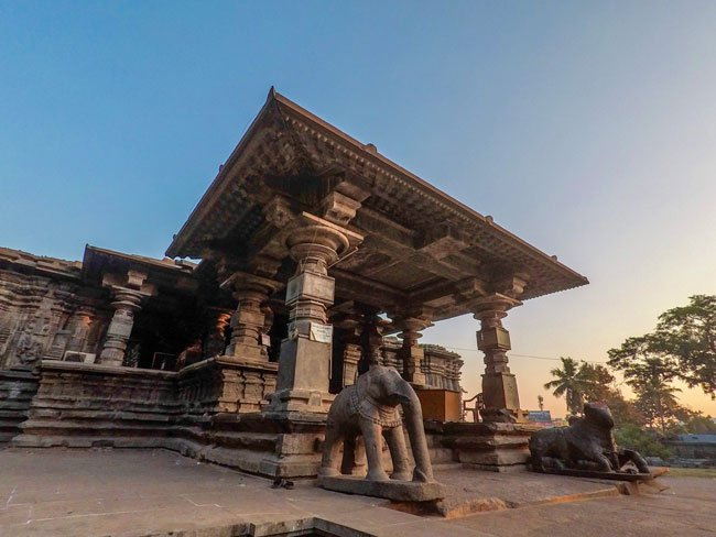 thousand pillar temple of warangal