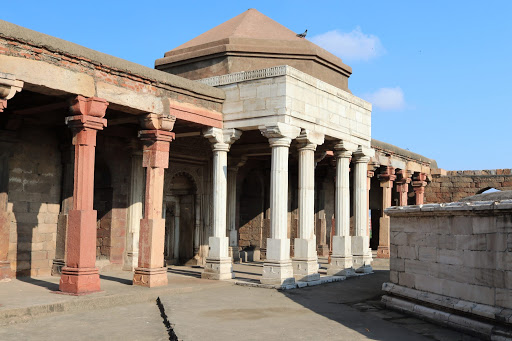 About 6 km west of Qutab Minar in Delhi, there lies a tomb called Sultan Ghari which is believed to be the final resting placeof Prince Nasir'ud-Din Mahmud, the uncrowned eldest son of Sultan Shamsuddin Iltutmish of the Slave Dynasty built in 1231 AD. It was the first Islamic Mausoleum built in India.